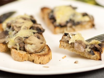 Cheesy Mushrooms on Crispy Toast