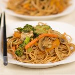 Chinese Stir-fry Noodles with Fresh Vegetables