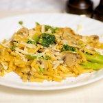 Kraft Dinner with Broccoli and Mushrooms