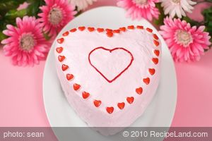 Fudgey Valentine Cake