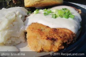 Easy Chicken Fried Steak with Gravy