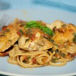 Chicken in Sun-Dried Tomato Cream Sauce