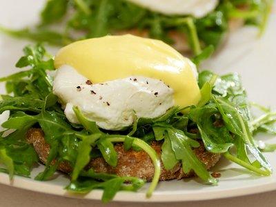 Arugula (Rocket) Eggs Benedict
