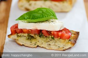 Open-Faced Sandwich with Tomato, Mozzarella and Basil