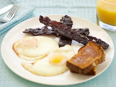 Maple Coffee Glazed Bacon and Eggs