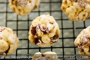 Rum and Raisin Christmas Popcorn Balls