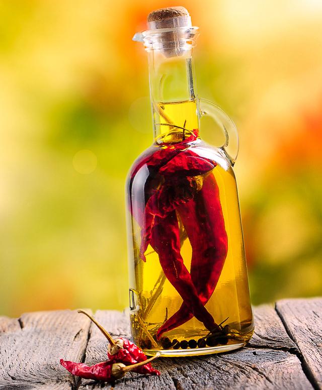hot chili pepper oil
