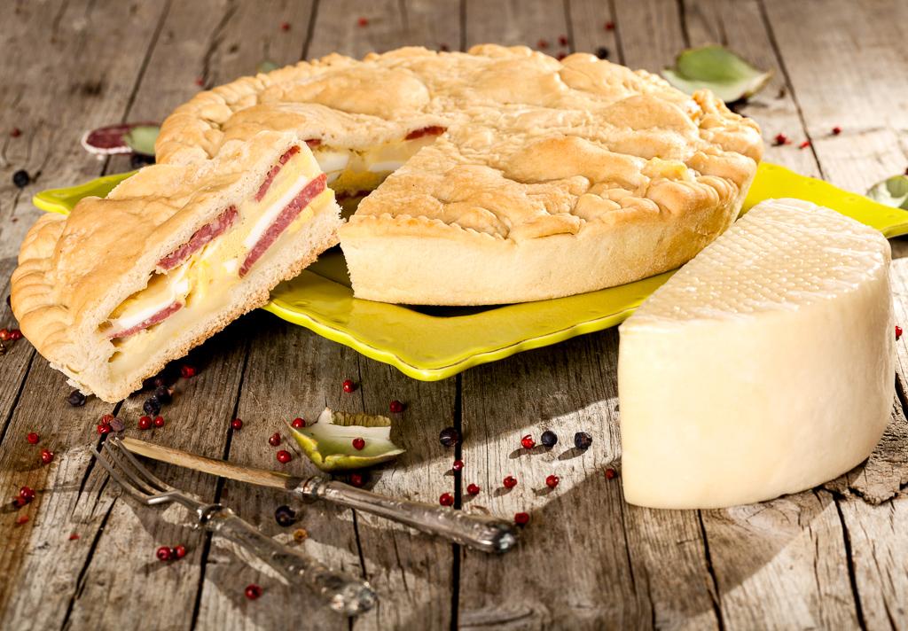 Italian Easter Pie (pizza piena, pizza rustica)