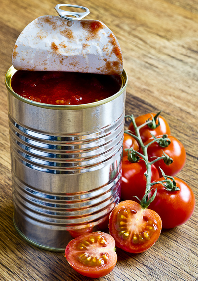 tin of canned tomatoes