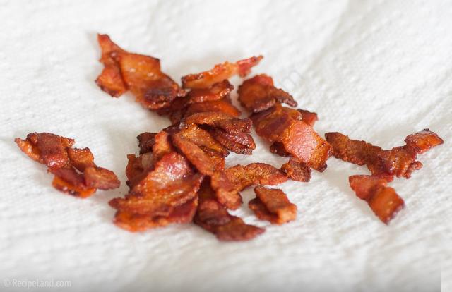 Crispy bacon bits