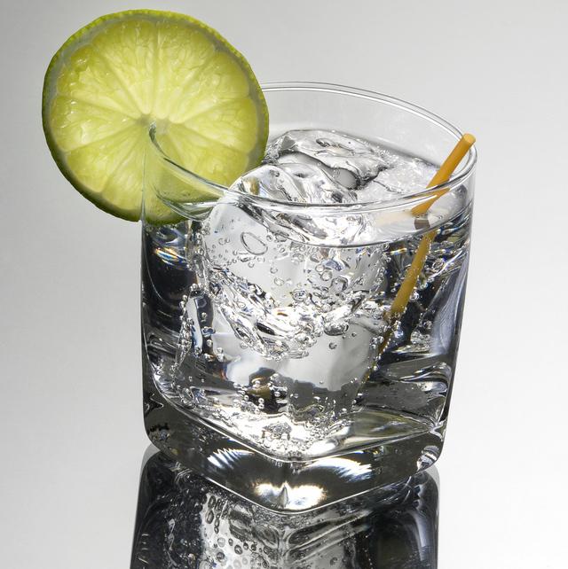 soda water (club soda)